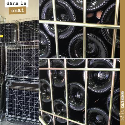 21 000 bouteilles de notre cuvée rouge 'Entre amis' attendent sagement avant leur commercialisati...