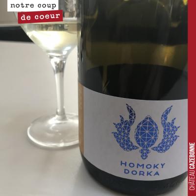Degsutation des cépages hongrois. Ici un muscat à petit grains du Domaine Homoky Dorka.