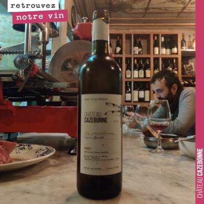 Les dernières bouteilles de notre cuvée Peyron-Bouché sont à l'honneur dans le Bar à vins, la Cré...