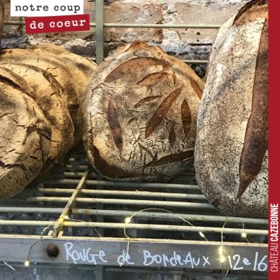 Quel bonheur de retrouver à Paris du pain réalisé avec du blé rouge de Bordeaux. A la boulangerie...