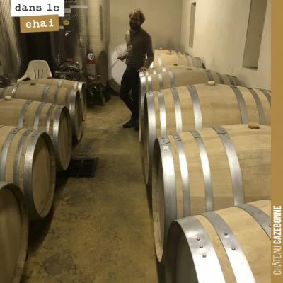 Nicolas, notre œnologue, nous accompagne tout au long de la vinification et de l'élevage de nos v...