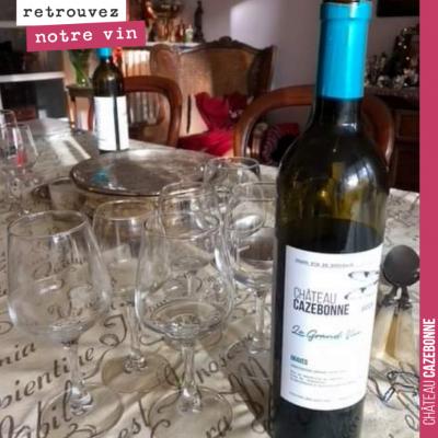 Ravi d'apprendre que notre grand vin a égayé vos tables de fêtes ! Nous vous souhaitons de profit...