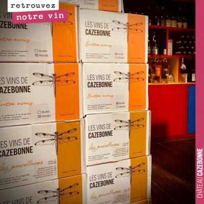 Retrouvez les vins de Cazebonne au marché de Menton, à la P'tite Cave. Vous y serez bien accueill...